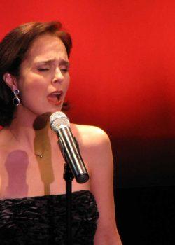 Cynthia Dale Sings Concert
